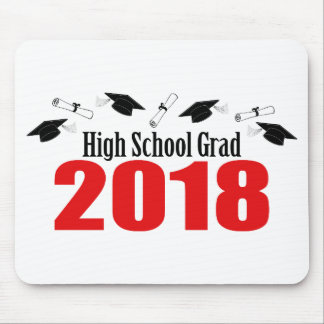 高等学校の卒業生2018の帽子および免状(赤い) マウスパッド