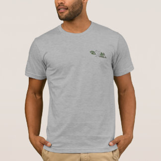 高速道路- KokのPhat衣類Co.の端 Tシャツ