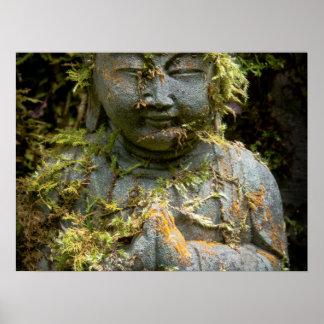 髭がある仏の彫像の庭の自然の写真撮影 ポスター