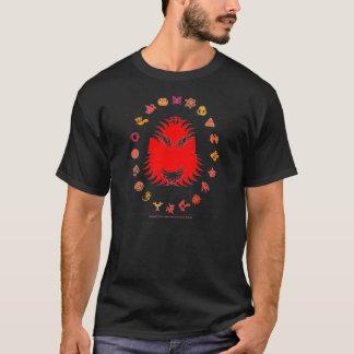 髭がある王-赤 Tシャツ