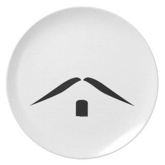 髭のプレート プレート
