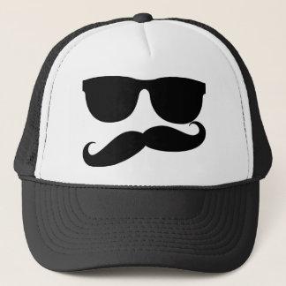 髭の人 キャップ