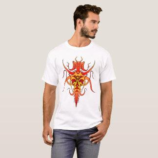 鬼の種族の入れ墨-赤および黄色 Tシャツ