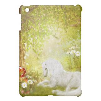 魅了されたユニコーンの森林魔法の王国のファンタジー iPad MINI CASE