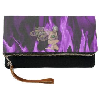 魅了された紫色の炎 クラッチバッグ