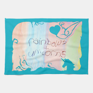 魅了された虹およびユニコーンのおとぎ話 キッチンタオル