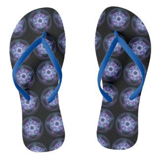 魔力の青い火の五芒星パターン ビーチサンダル
