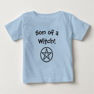 魔法使いのある息子! ウィッカ信者の生意気な魔法使いの幼児のワイシャツ ベビーTシャツ