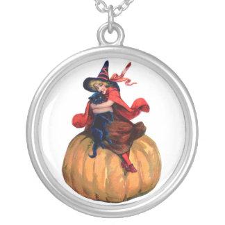 魔法使いのハロウィンのネックレス シルバープレートネックレス