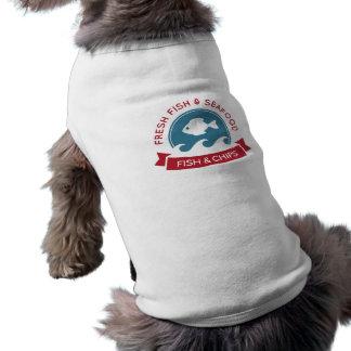 魚および破片のシーフードのロゴ ペット服