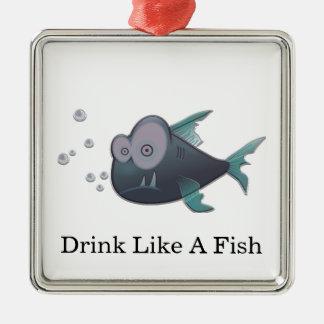 魚のような飲み物 メタルオーナメント