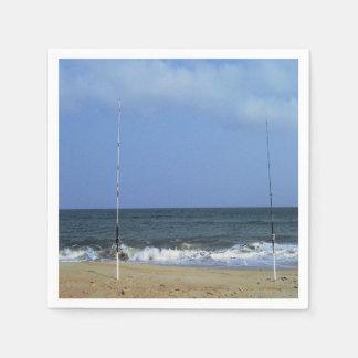 魚釣りポーランド人とのビーチ場面 スタンダードカクテルナプキン