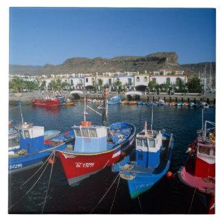 魚釣り港、プエルトde Mogan、Gran Canaria、 タイル