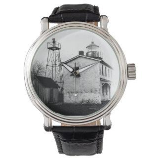 魚釣り電池の灯台 腕時計