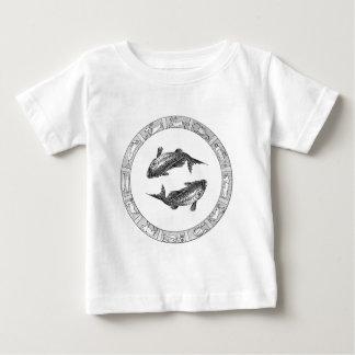 魚類の(占星術の)十二宮図のワイシャツ ベビーTシャツ