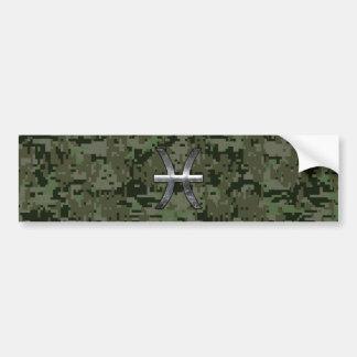 魚類の(占星術の)十二宮図の記号の森林緑のデジタル迷彩柄 バンパーステッカー