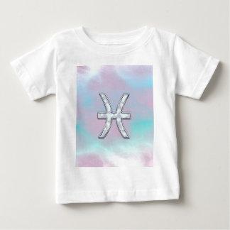 魚類の(占星術の)十二宮図の記号の真珠母の装飾 ベビーTシャツ