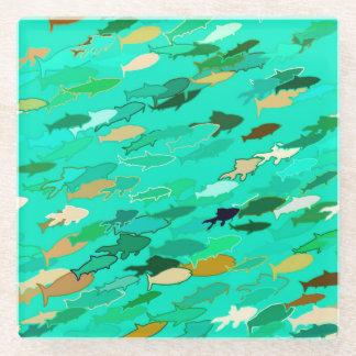 魚、水、緑、金ゴールドの学校 ガラスコースター