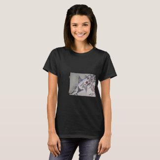 鮫かピラニア Tシャツ