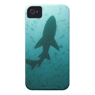 鮫のシルエット Case-Mate iPhone 4 ケース