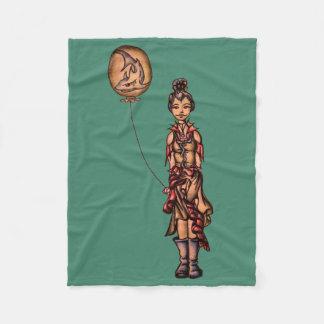 鮫の気球を握る女の子のかわいいパンクの漫画 フリースブランケット