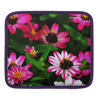 鮮やかなピンクによってはIpadの袖が開花します iPadスリーブ