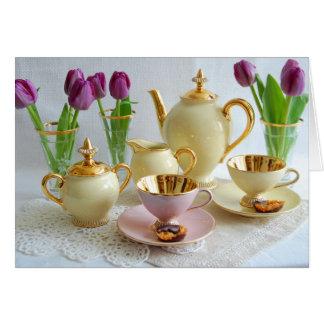 鮮やかなヴィンテージの茶またはコーヒーチューリップの挨拶状 カード
