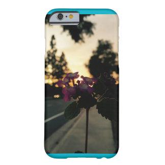 鮮やかな日没は上がりました BARELY THERE iPhone 6 ケース