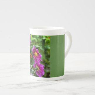 鮮やかな花 ボーンチャイナカップ