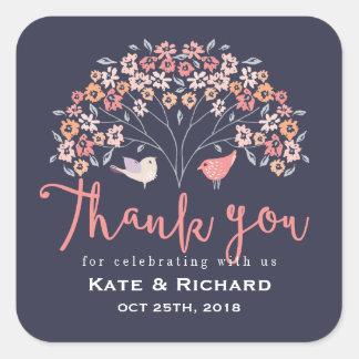 鳥および花の原稿は結婚式のステッカー感謝していしています 正方形シール
