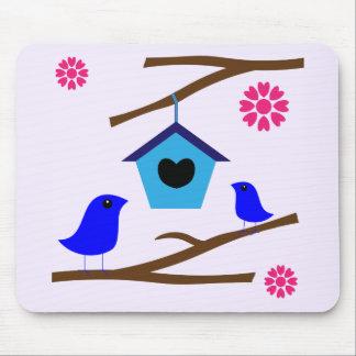 鳥の愛の巣 マウスパッド