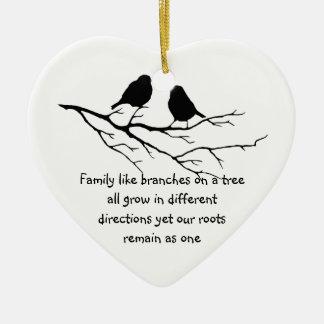 鳥を言っている家族は木の枝を好みます セラミックオーナメント