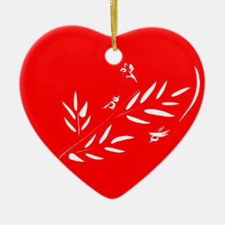 鳥及び枝バレンタインデーの赤いハートのオーナメント セラミックオーナメント