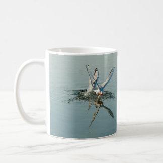 鳥羽水反射 コーヒーマグカップ