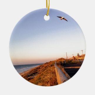 《鳥》ハヤブサのビーチSeagul セラミックオーナメント