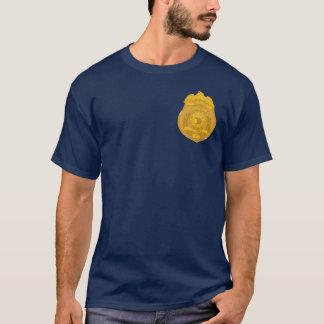 鳴き鳥の探偵 Tシャツ