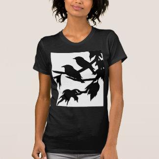 鳴き鳥 Tシャツ