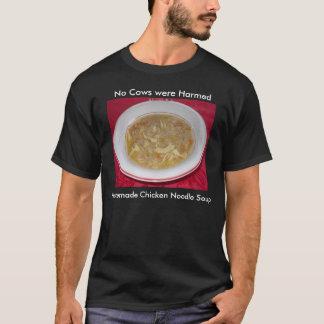 鶏のヌードル・スープのTシャツ Tシャツ
