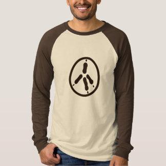 鶏(茶色)の平和 Tシャツ