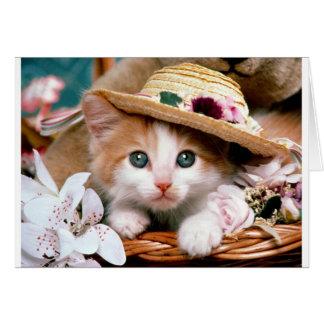 麦わら帽子を持つ子ネコ。 グリーティングカード