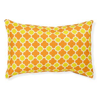 黄橙色のレトロのクローバーパターン