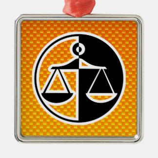 黄橙色の正義のスケール メタルオーナメント