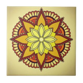 黄橙色の花のデザイン タイル