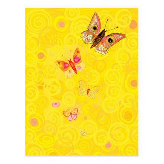 黄色いアールヌーボーのPapillonの蝶 ポストカード