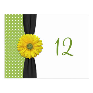 黄色いガーベラのデイジーのテーブル数カード ポストカード