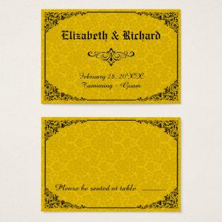 黄色いゴシック様式ビクトリアンなダマスク織の結婚式の座席表 名刺