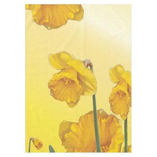 黄色いスイセンのラッパスイセン テーブルクロス