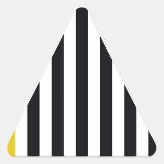 黄色いストライプを使って 三角形シール