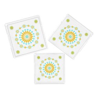 黄色いターコイズおよび白く幾何学的な花の皿 アクリルトレー