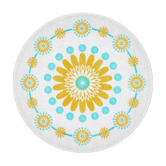 黄色いターコイズおよび白く幾何学的な花 カッティングボード